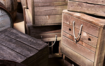 ship wooden crates, ship wooden pallets, wood pallets, difference between pallets and crates